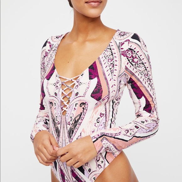 cdea0a812056c3 💜NWT Free People Pick A Place Bodysuit💜
